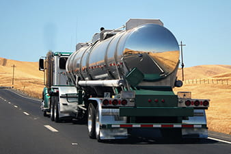 pesquisa-traca-perfil-de-motoristas-que-transportam-produtos-perigosos-min